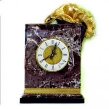 Часы- Барс на мраморе
